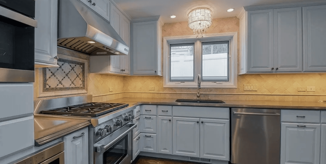 MDF Vs Wood: Why MDF has Become so Popular for CABINET DOORS